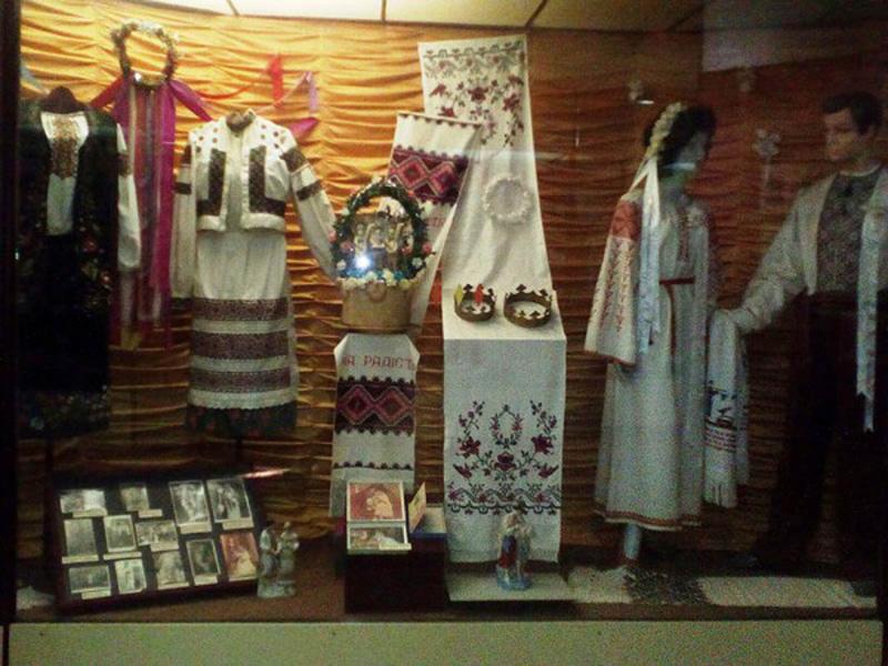 Колекція етнічного вбрання. Тернопільський обласний краєзнавчий музей