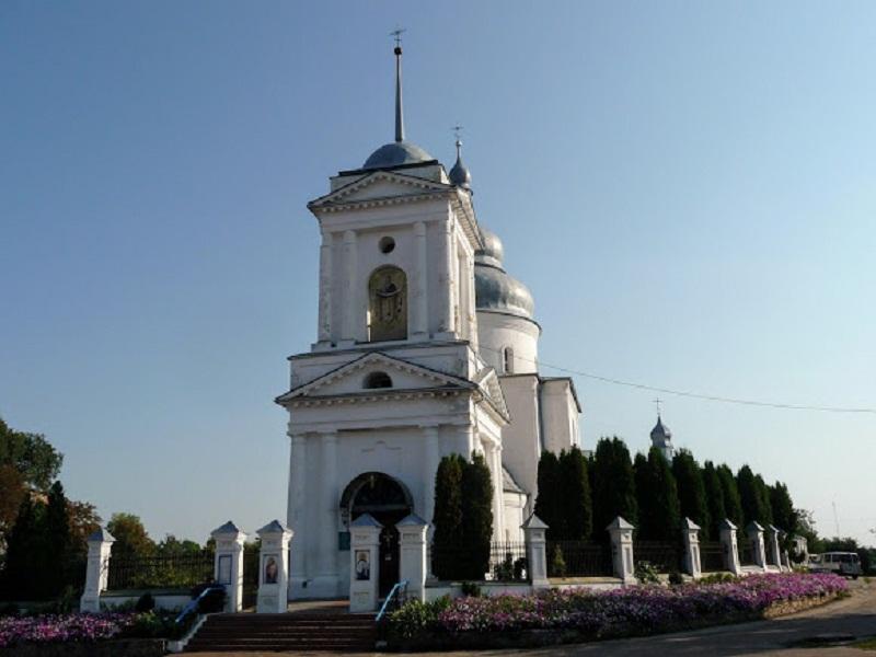 Покровська церква на ринковій площі
