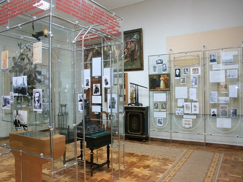 Гоголівський музей